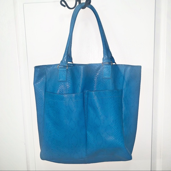 Neiman Marcus Handbags - Nieman Marcus Faux Snake Large Blue Tote